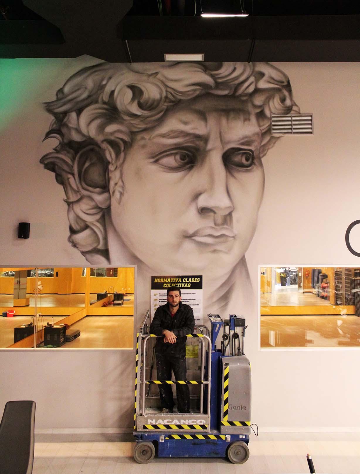 SoenBravo | Nine Fitness| Pintor de murales especializado en trabajos artísticos de pintura, graffiti y decoración en Madrid